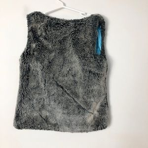 Hanna Andersson Jackets & Coats - Hanna andersson kid's faux fur vest size 120/6-7